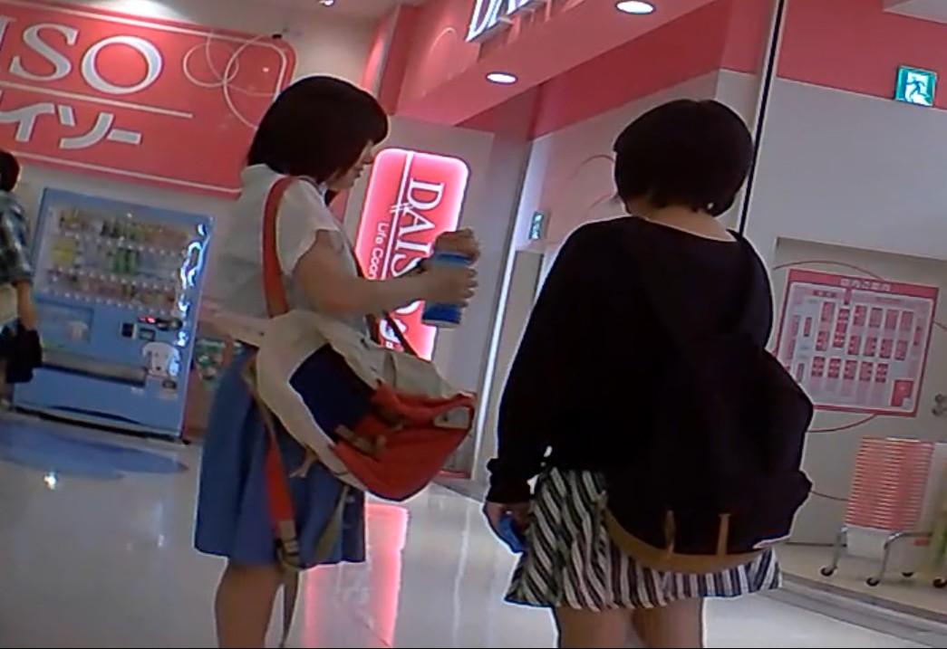 「デニスカ娘のキャラパン(フルバージョン)編 」 禁断の逆さ撮り シーズン1 Vol.65