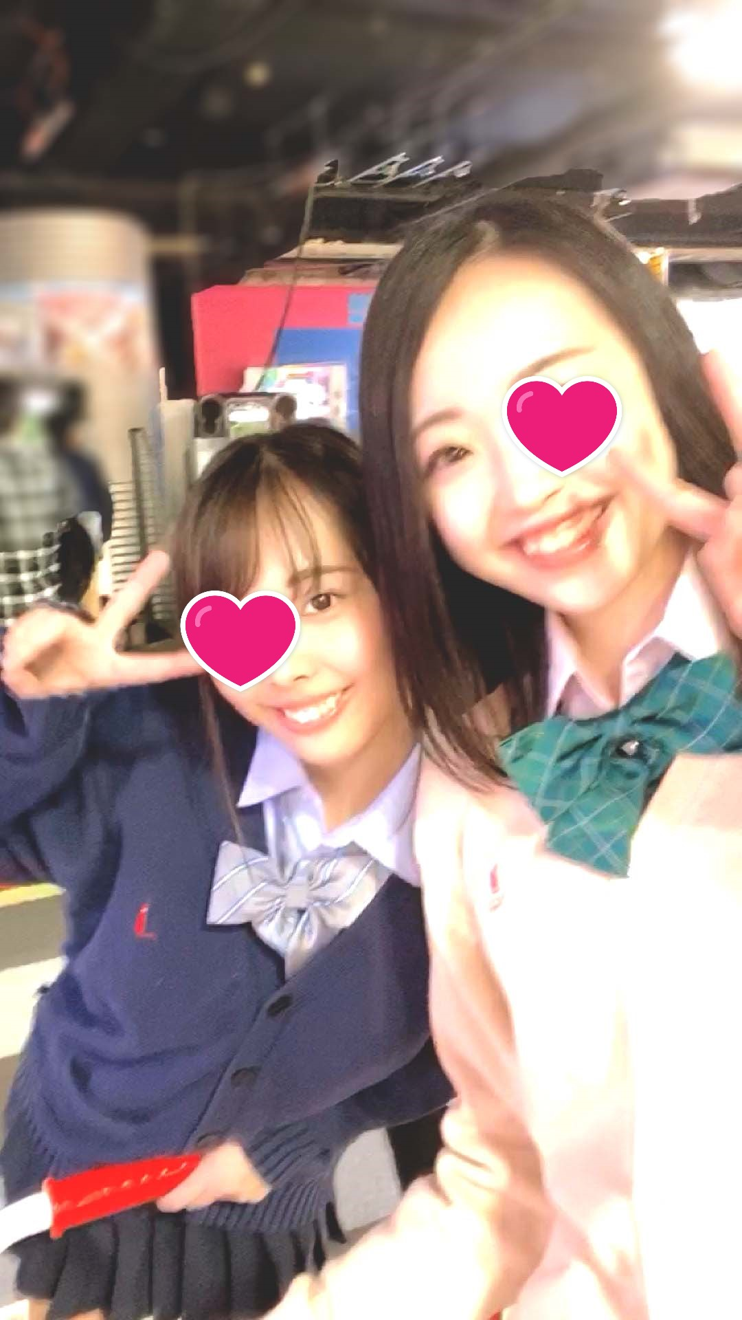 ガチ!可愛い!SS級ロ●J●!!同級生の女友達に撮られたKちゃん2名