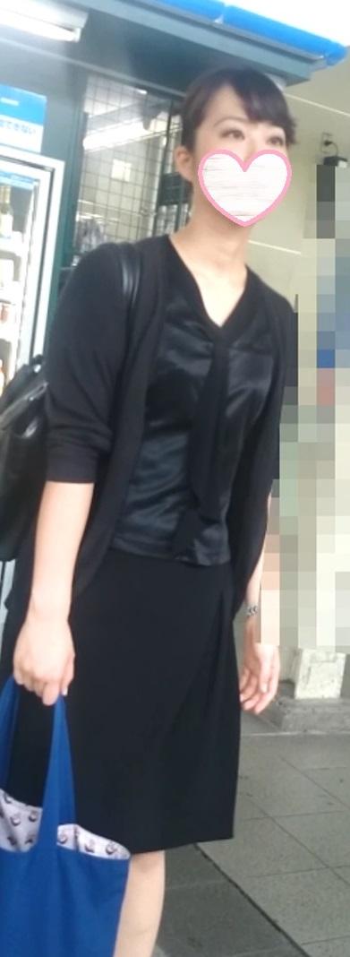 (有名ホテル従業員)私服全身撮りスカートめくりシリーズ57