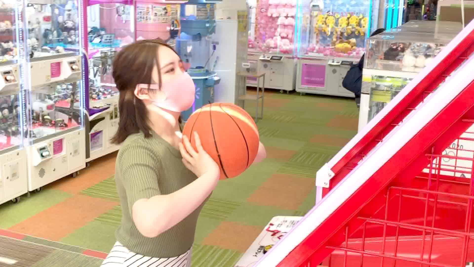 【ゲーセン盗◯】豊満巨乳美少女!!!食い込みぷるぷるパンチラ♪